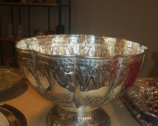 HUGE FLORAL BOWL ~ A REAL STATEMENT PIECE