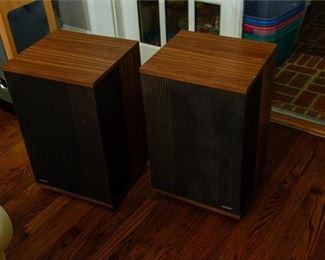 3. Pair Of Bose 501 Series IV Speakers