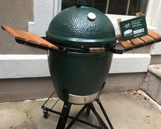 $750 - Large Green Egg smoker with brand new metal top; used only once. . .this item just discounted and is not discounted like other items in the sale.