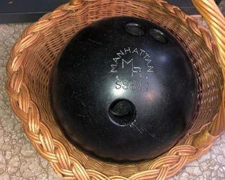 Lot 48B, Bowling Ball in a basket, $12