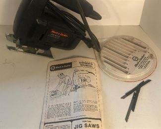 Lot 98B, Black & Decker jig saw with blades, $12
