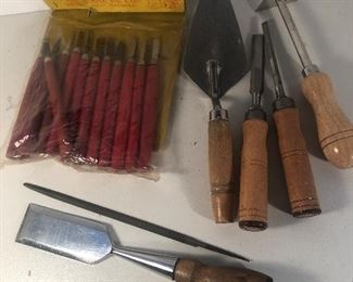 Lot 118B, Carving tools and others, $20/all