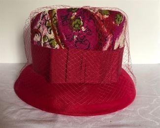 Lot 140B, Spectacular hat, $16