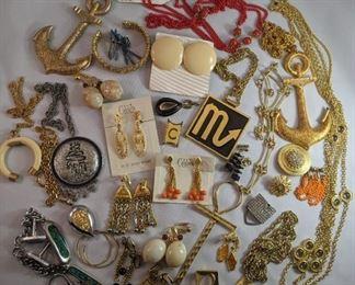 Vintage 1970's Celebrity brand costume jewelry