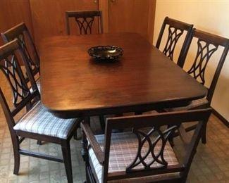 1940's Walnut Table & 6 Chairs Nice $195