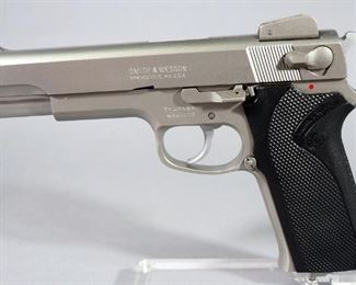 Smith & Wesson Model 1006 10mm Pistol SN# TFJ0996, With 2 Total Mags, In Hard Case
