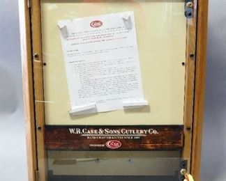 """Unused New Case Retail Wall Hanging/Table Top Knife Display And Storage Cabinet Metal Front, Storage, With Keys, 28.5"""" H x 22"""" W x 10.5"""" D"""