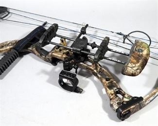 Quest G5 Rogue Compound Bow, 70lb Draw With Quiver And Sling In Plano Hard Case