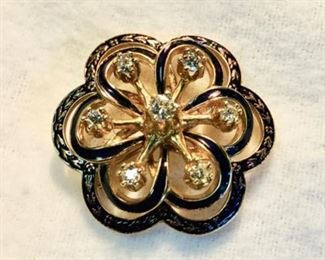 Vintage Gold Brooch with 7 Diamonds
