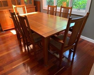Stickley Mission Collection dining room table, 2 leaves, 8 chairs