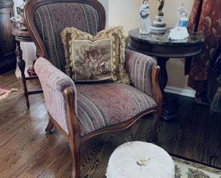 Victorian repro. chair.