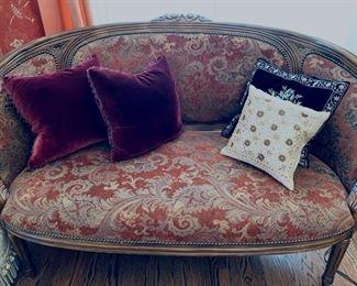 Assorted pillows.