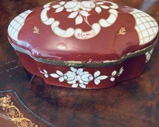 Decorative porcelain box.