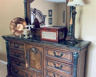 Matching Baroque style dresser w/mirror.