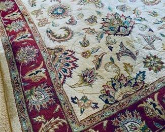 8'x10' wool Indian rug.