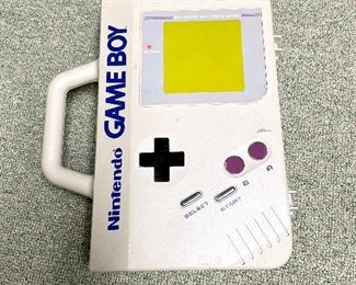 Game Boy Carrying Case.