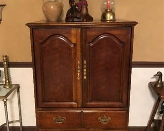 Cherry Ent/Storage Cabinet by Hooker Furniture