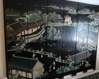 102   oriental  screen   (can  also  be  mounted  on  wall)