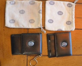 134. Lot S134 (0255.jpg 0256.jpg) - $24 – Lladro Society Collectors 2 Piece Leather Wallet Purse with Key Chain & Wallet with Dust Covers, Has Lladro Porcelain Logo.