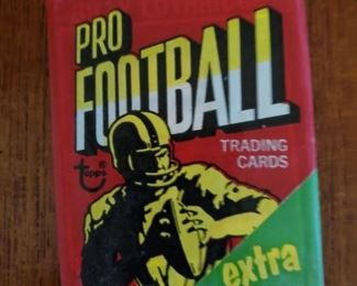 1970 Topps football pack, 8 available. These packs have been previously opened