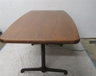 Large Walnut table with metal base, signed steelcase    pic 3