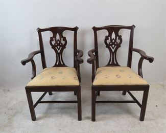 Henkel Harris set of 6 chippendale mahogany dining chairs.  PIC 2
