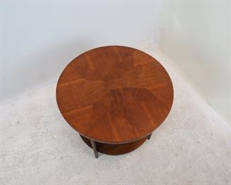 Lane MCM 2 tier table. scratches, minor chips.  PIC 4