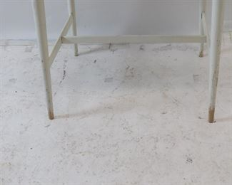 """Paul MCCobb planner group laminate top stand.  dented left corner, paint loss on feet. 22"""" wide, 17"""" deep, 24 1/4"""" high. PIC 4"""