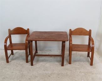 3 piece childs bentwood table and chairs signed label- Delphos Bending Co.  1 chair needs tightening.  PIC 2