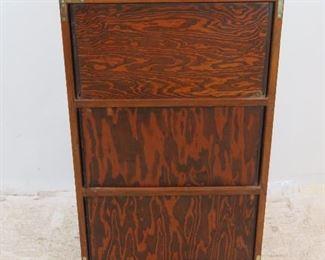 ITEM- 310-- 3 drawer dresser chest. Has no back. PIC 4