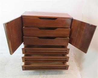 ITEM 311-- MCM mans dresser / high chest chifferobe by Bassett. PIC 3