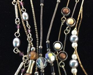 Lot 5 Bead & Chain Necklaces