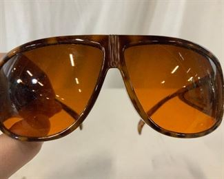 JOAN RIVERS brand sunglasses