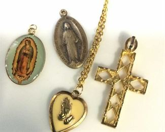 Lot 4 Religious Christian Religious Pendants