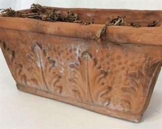 Embossed Leaf Terra Cotta Table Planter