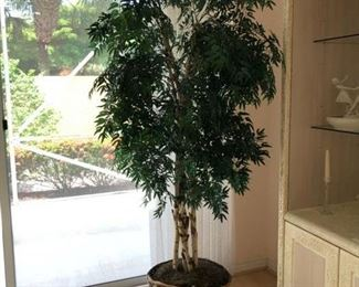 "8"" fake potted tree"