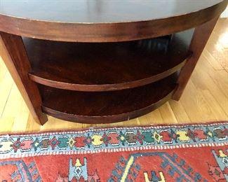 Detail Circular two shelf table