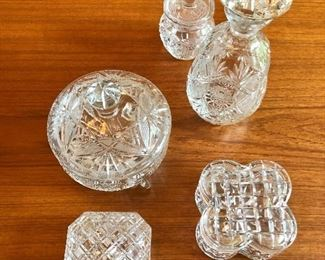 Crystal items $10 each decanter $20  (LOT $50 )