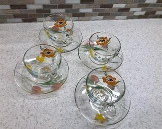 $25 4 decorative tea/coffee cups and saucers