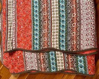 """$40 Quilt scalloped edges 105"""" L by 96"""" wide  Back is red"""