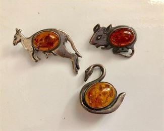 Lot 3 amber animal pins