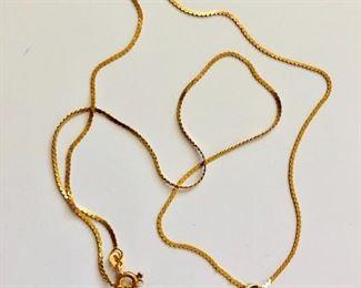 $130 Made in Italy 14K herringbone chain pearl enamel pendant