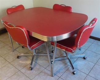 Retro-Style vintage) Dinette set  REDUCED TO $100