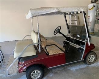$675 - 1996  Club car golf cart . Inoperable. Will need batteries