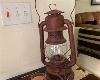 $58~ANTIQUE KEROSENE LAMP