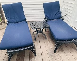 Metal Outdoor Lounge Chairs