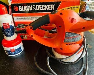 Black and Decker Orbit Waxer