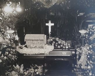 Postmortem photograph