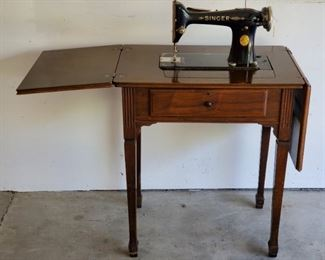 1925 SINGER Model 101 Electric Sewing Machine