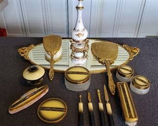 Vintage vanity sets and other items